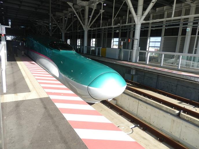 北海道新幹線1.jpg