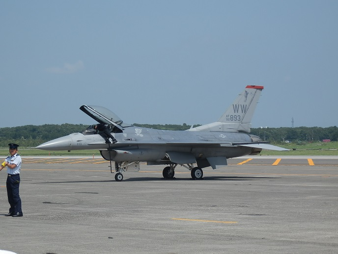 F-16C_2.jpg
