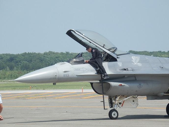 F-16C_3.jpg