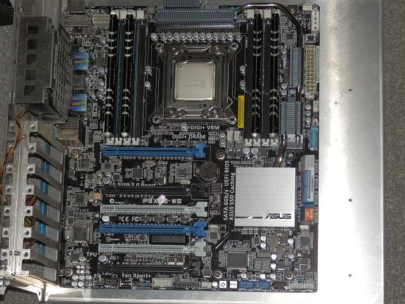 ASUS P9X79WS.jpg