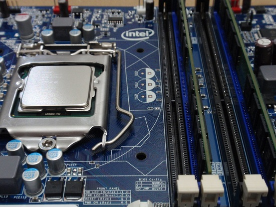 CPUメモリ取り付け.jpg