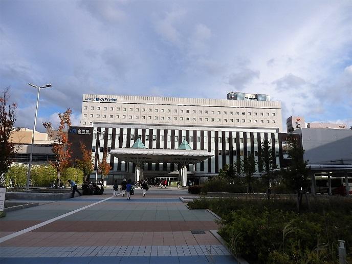 金沢駅2.jpg